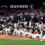 Giants become first team to clinch spot in 2021 MLB postseason